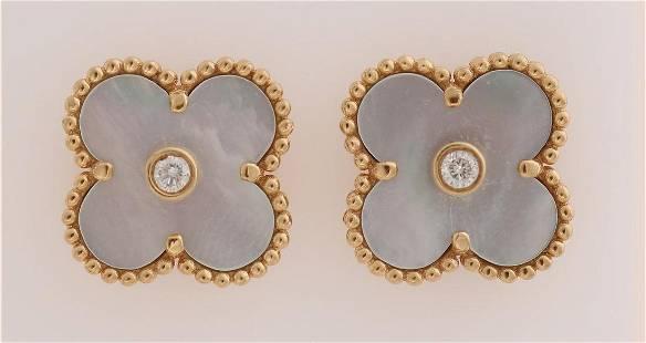 Gold earrings, Cleef & Arpels