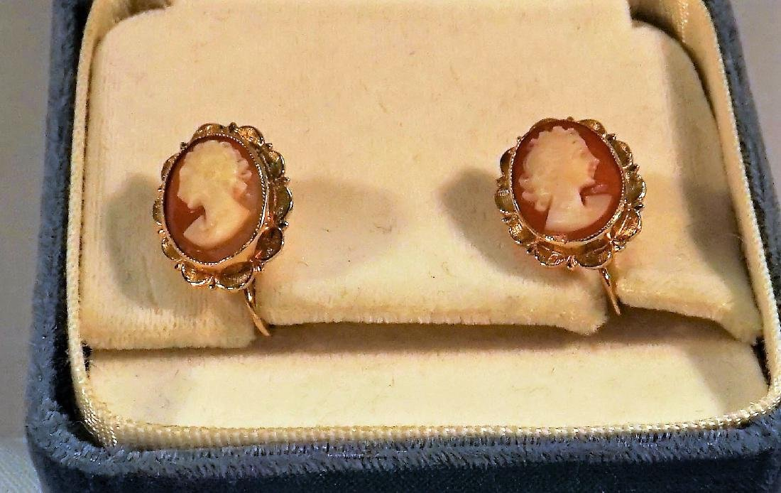 Estate 14Kt Gold Cameo Earrings
