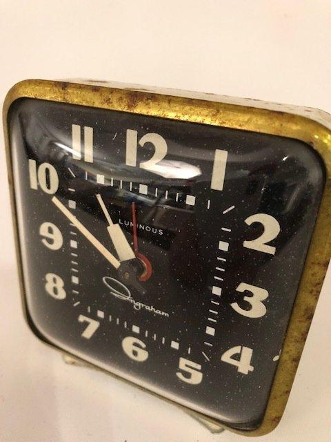 vintage Small desk clock