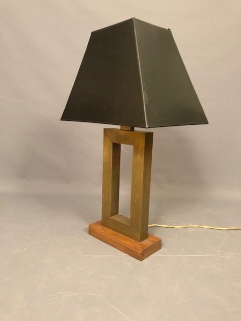 Brutalist Table lamp brass with wood base