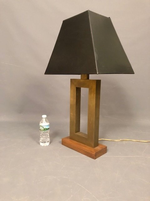 Brutalist Table lamp brass with wood base - 3