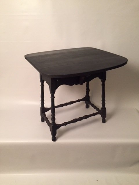 Shabby chic painted end table with leaves