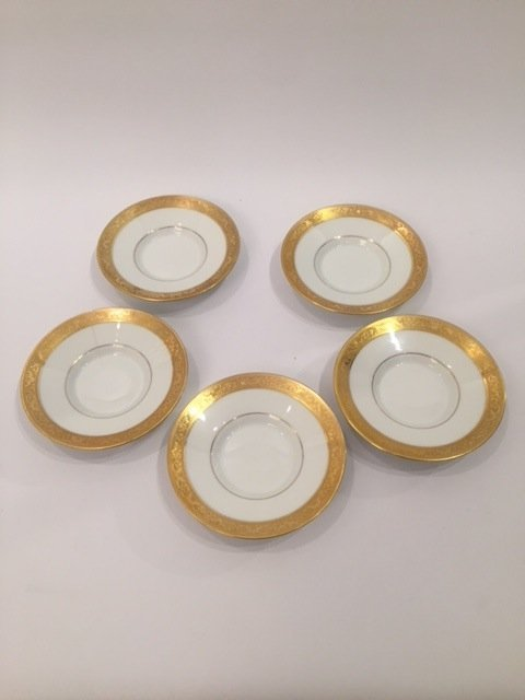 5 small Limoges tea plates with gold leaf detail