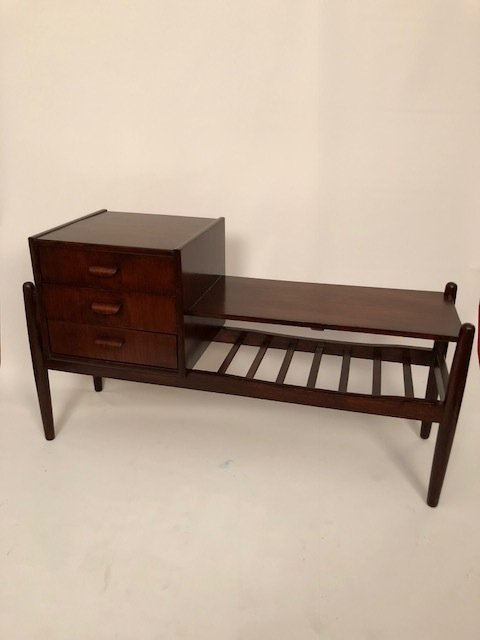 Mid-Century small chest with 3 drawers