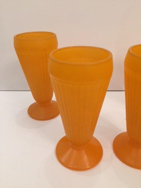 Mid-Century orange art glass tall drinking glasses - 4