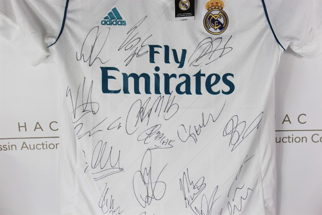 Real Madrid Team Signed Soccer Jersey - 3