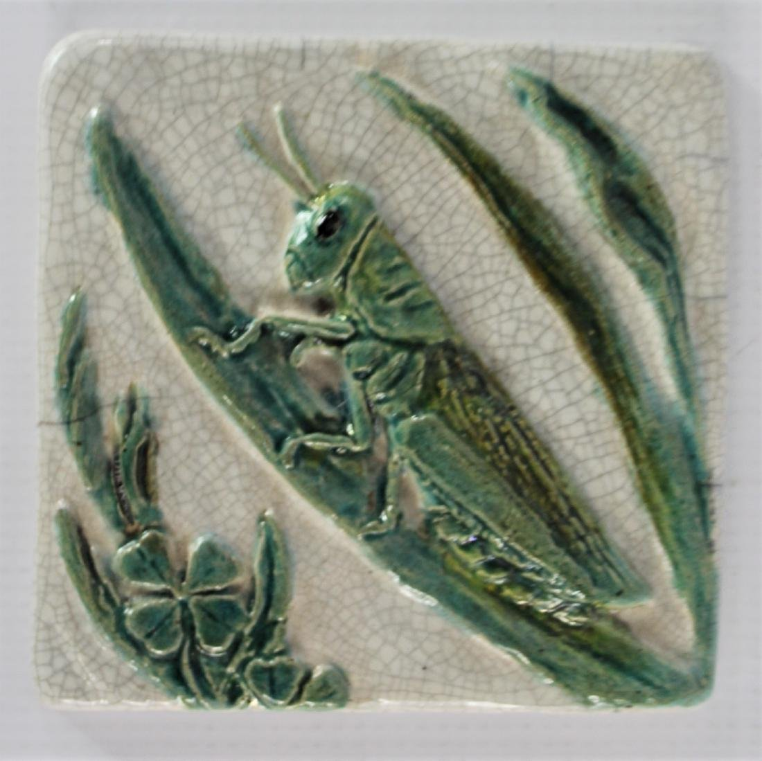 Newcomb Tile - 2