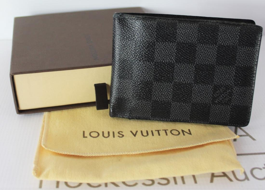 Louis Vuitton Wallet - 3