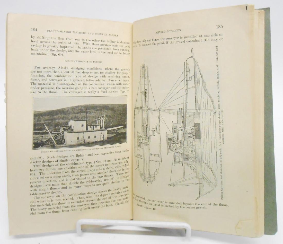 (5) BOOKS, ANTARCTICA & ALASKA THEMES - 6