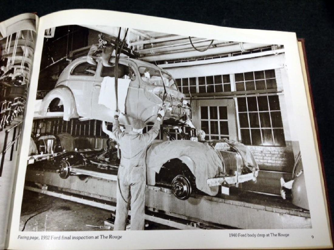 THE FORD ROAD BOOK - 75TH ANNIVERSARY - 4