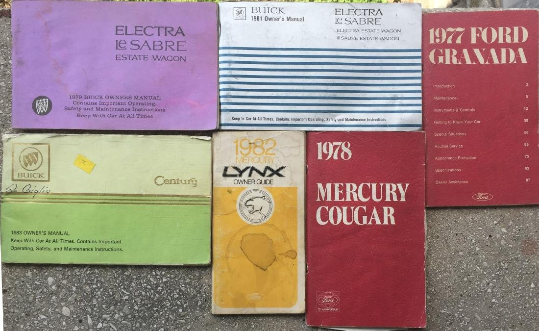 LARGE SELECTION OF 1970'S-80'S CAR MANUALS & BROCHURES