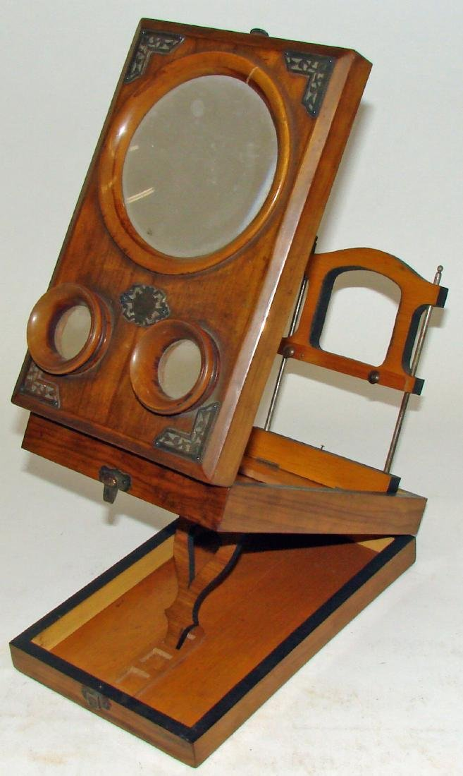 TABLE-TOP FOLDING WOOD  STEREOSCOPE