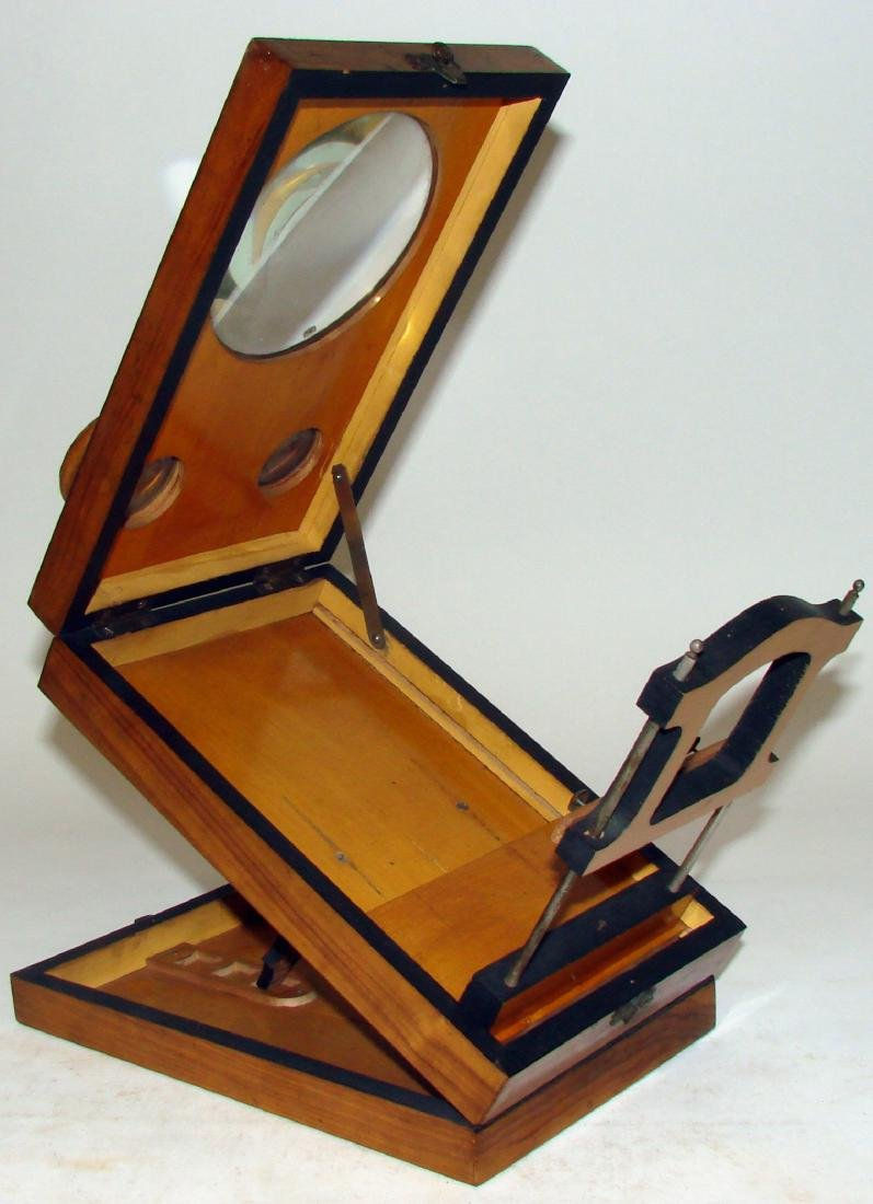 TABLE-TOP FOLDING WOOD  STEREOSCOPE - 3
