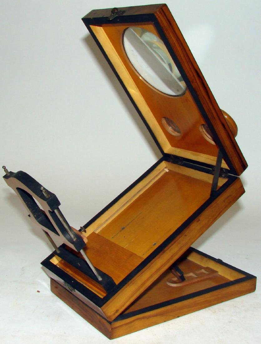 TABLE-TOP FOLDING WOOD  STEREOSCOPE - 4