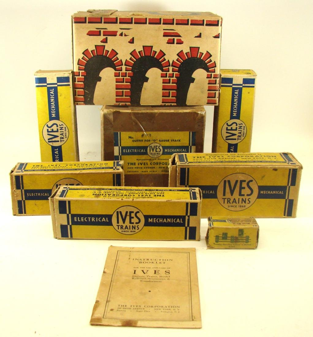 "(5) PIECE 1931 ""O"" GAUGE IVES TRAIN SET - 2"