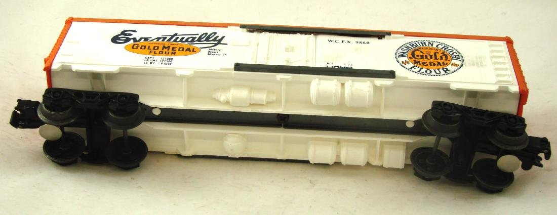 (9) LIONEL ROLLING STOCK CARS - 10