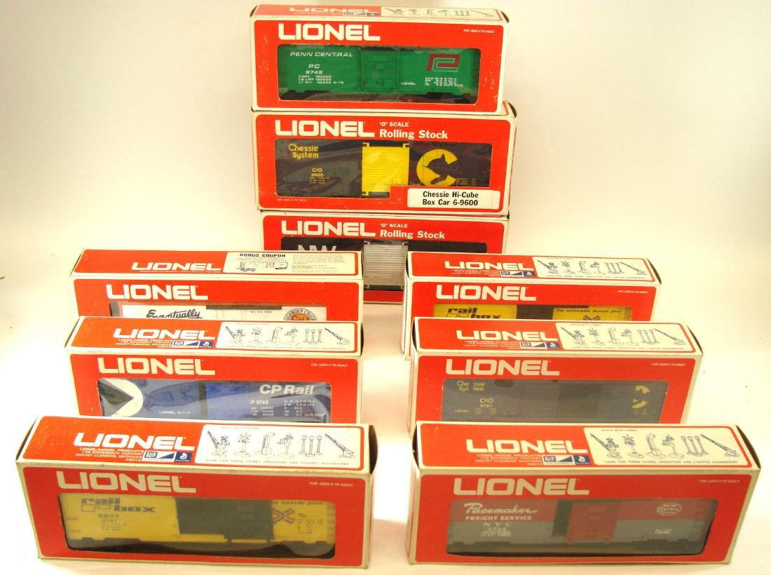(9) LIONEL ROLLING STOCK CARS