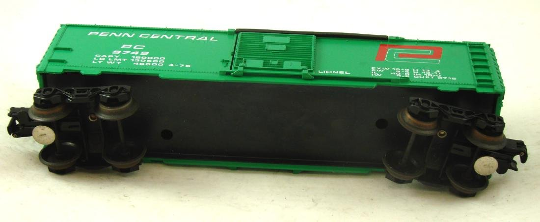 (9) LIONEL ROLLING STOCK CARS - 8