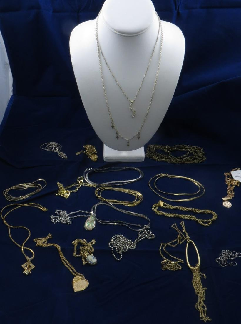 (20) SILVERTONE, GOLD TONE CHAINS and NECKLACES