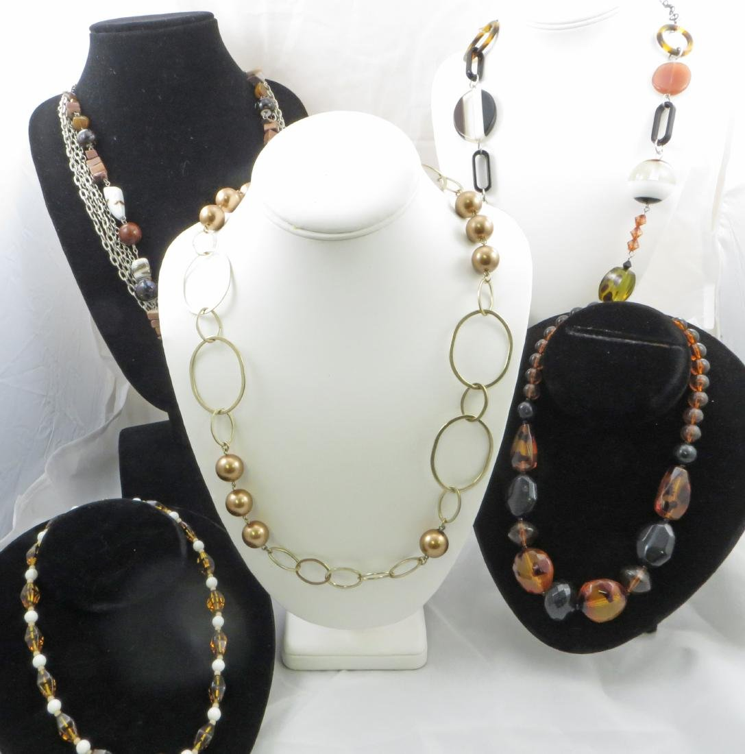 (5) FASHION BEADED NECKLACES