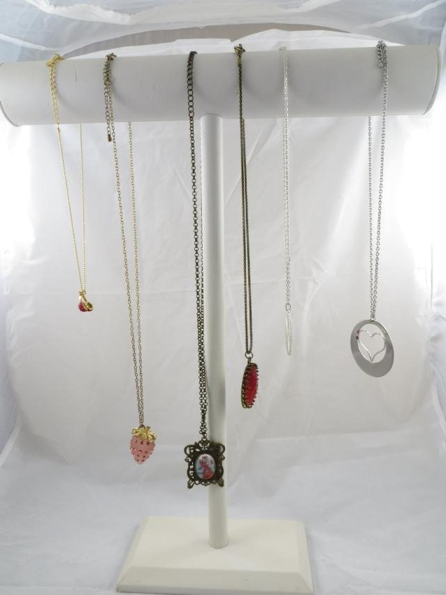(6) NOVELTY COSTUME JEWELRY NECKLACES