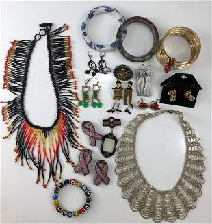 GRAB BAG VINTAGE & ASSORTED COSTUME JEWELRY (35+/-)