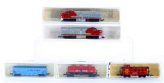 N SCALE ENGINE & CARS - ORIGINAL BOXES