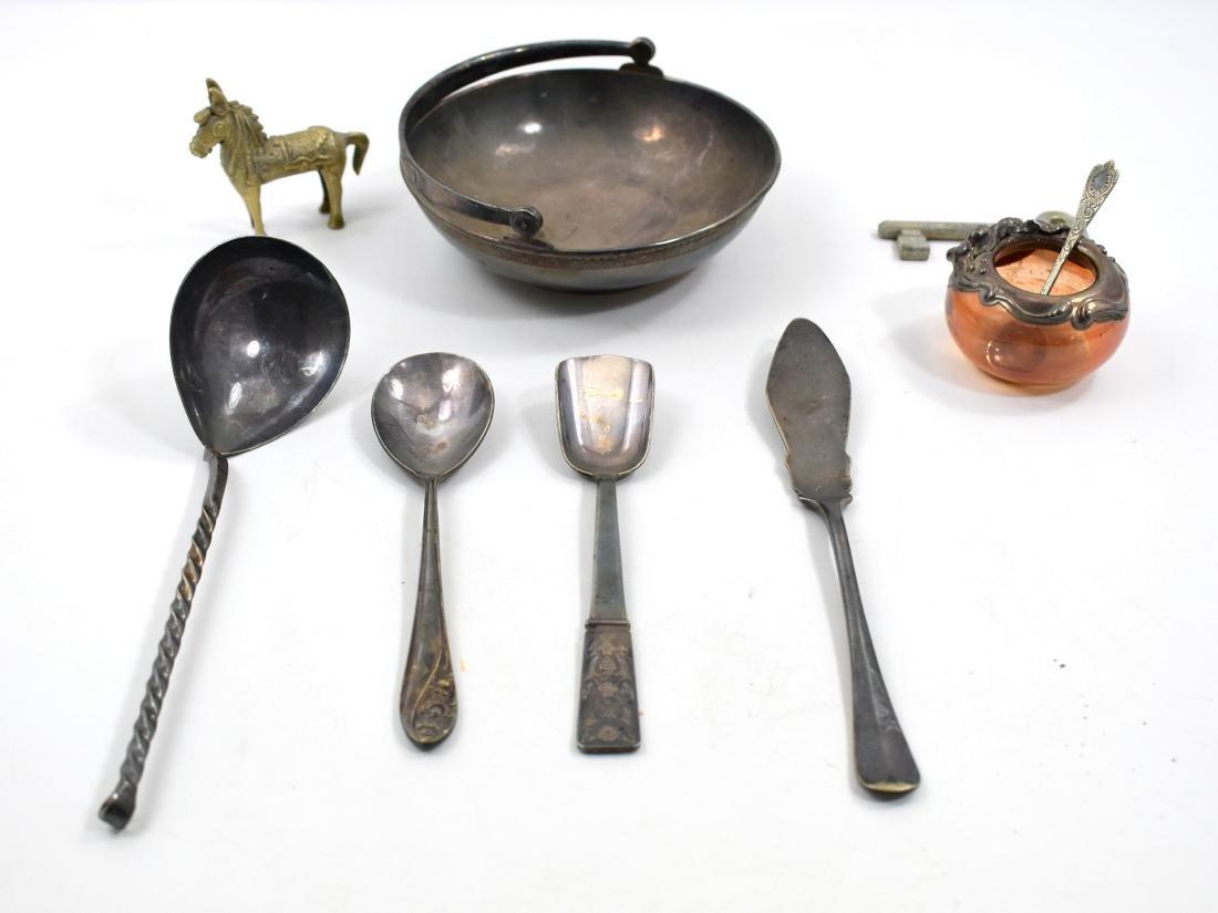 .  Lot of metal utensils, 19*14