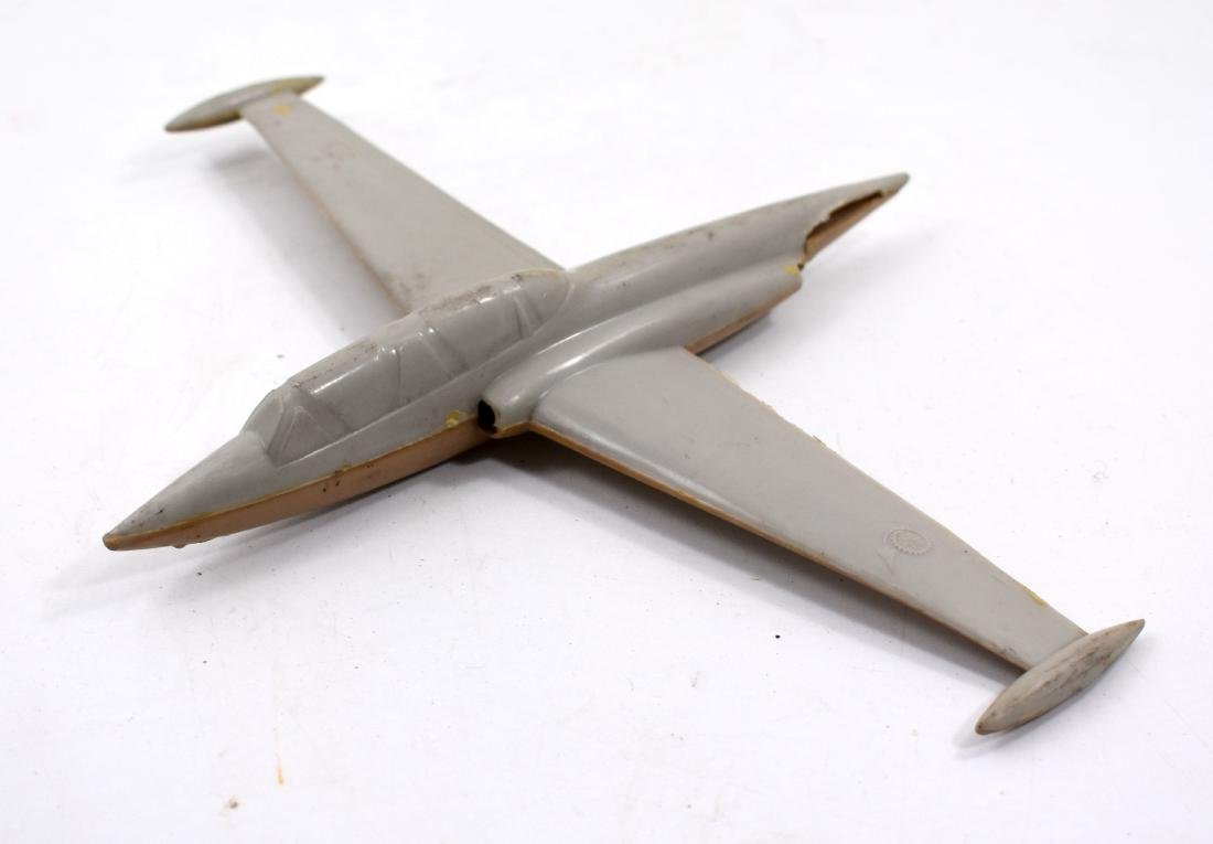 Puma model airplane, missing back wing