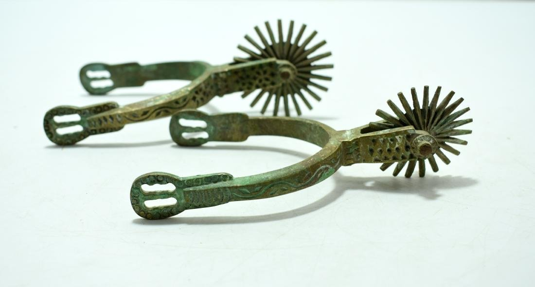 Pair of spurs for a horse, made of hand decorated - 2