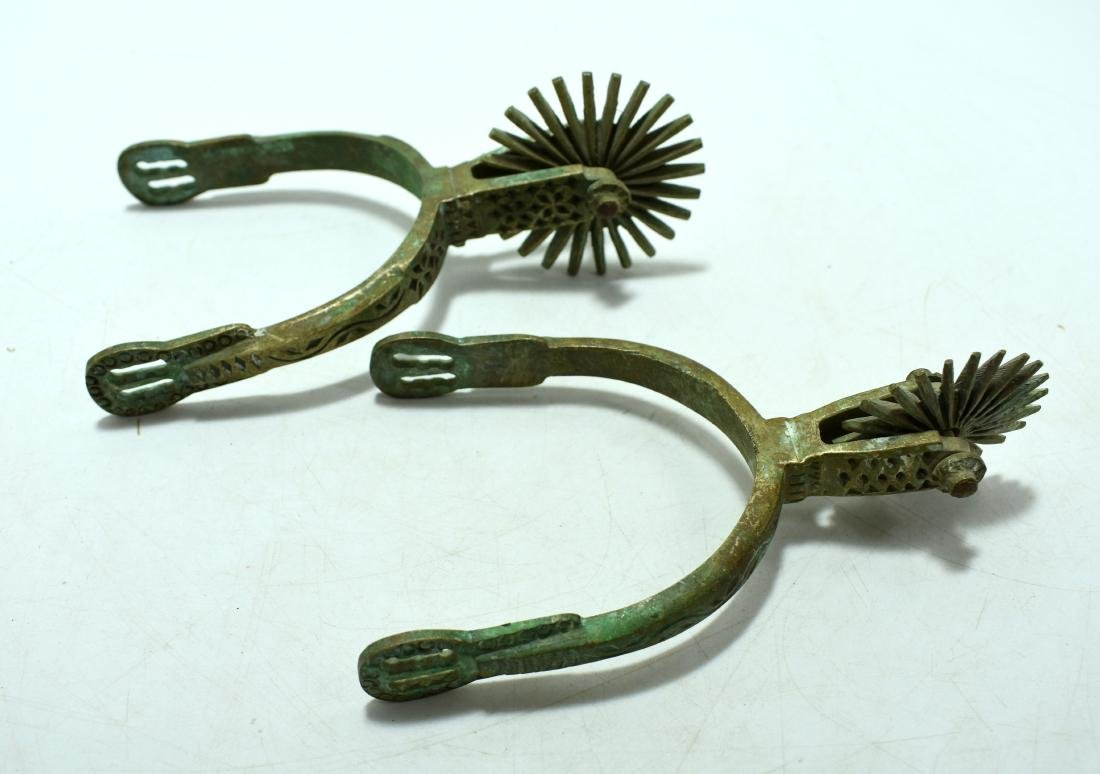 Pair of spurs for a horse, made of hand decorated - 3