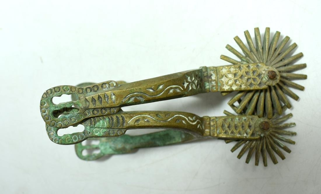Pair of spurs for a horse, made of hand decorated - 4