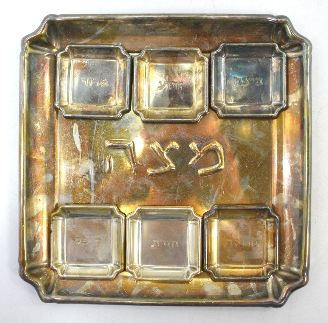 Pair of plates for Pesach, copper, green patina, 1. - 8