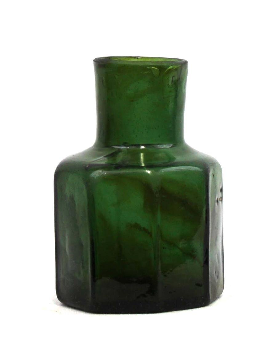 Emerald Green European Glass Inkwell