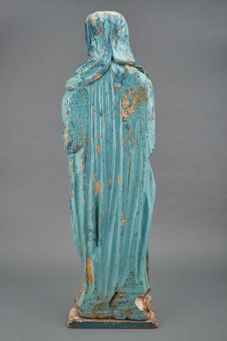 16th century Polychrome Decorated Figure of the Virgin - 2