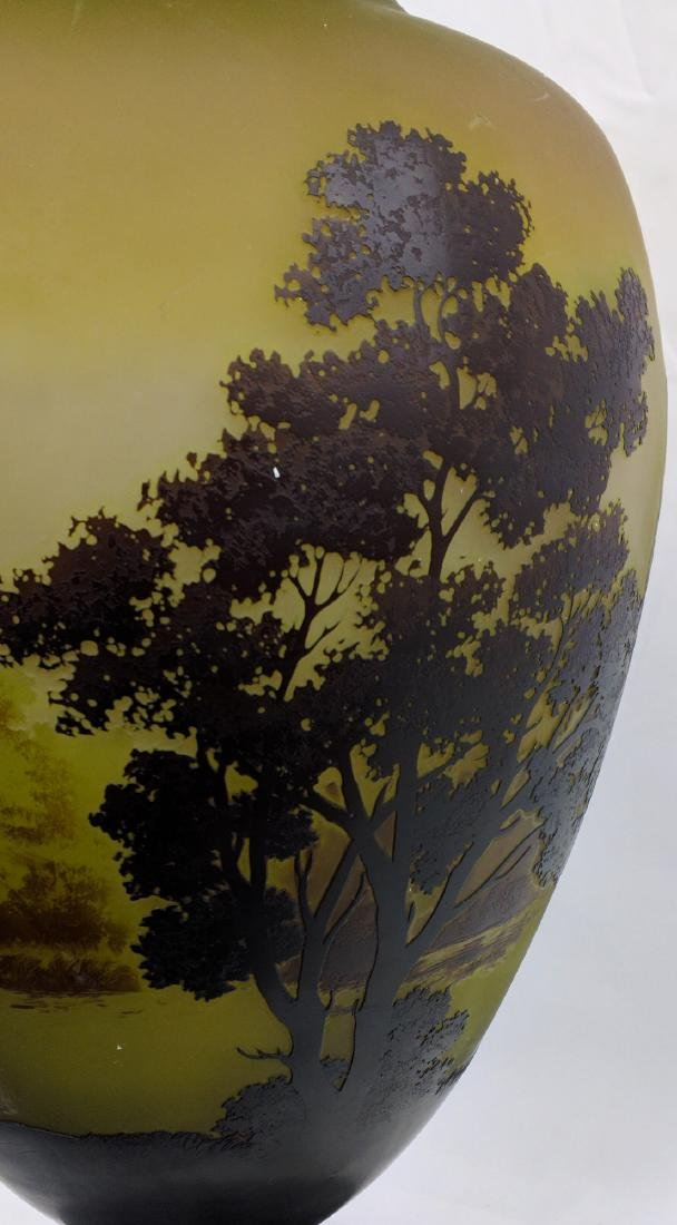 Large Galle Cameo Glass Landscape Vase, Circa 1900 - 7
