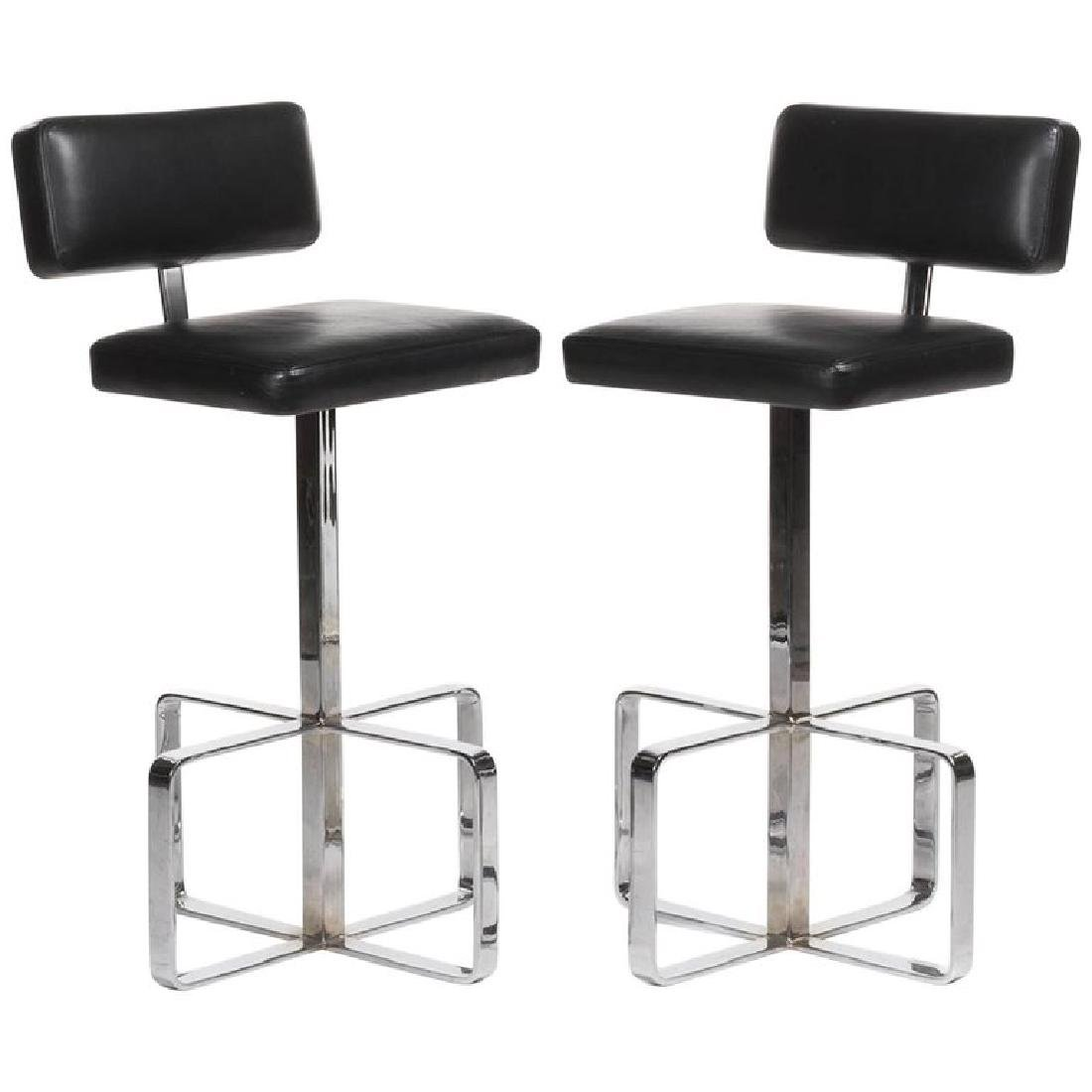 Pair of Italian 1970s Leather and Chrome Swivel