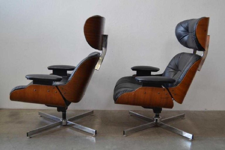Pair of Eames Style Mid-Century Modern Lounge Chairs - 3
