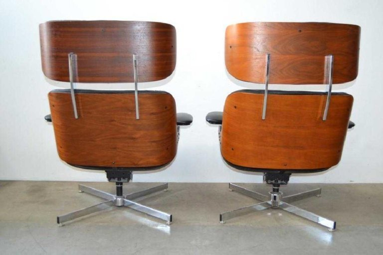 Pair of Eames Style Mid-Century Modern Lounge Chairs - 5