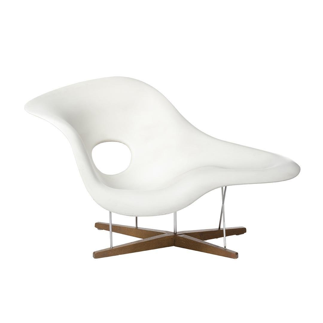 90's Charles Eames La Chaise Loung Chair