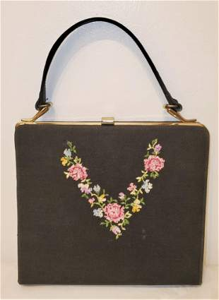 Vintage Embroidered Cluthc/Hand bag