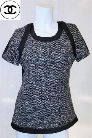 Authentic Vintage chanel Tweed Top Medium Size