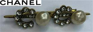 Vintage Stamped 1984 Chanel Womens Brooch Pearl Pin