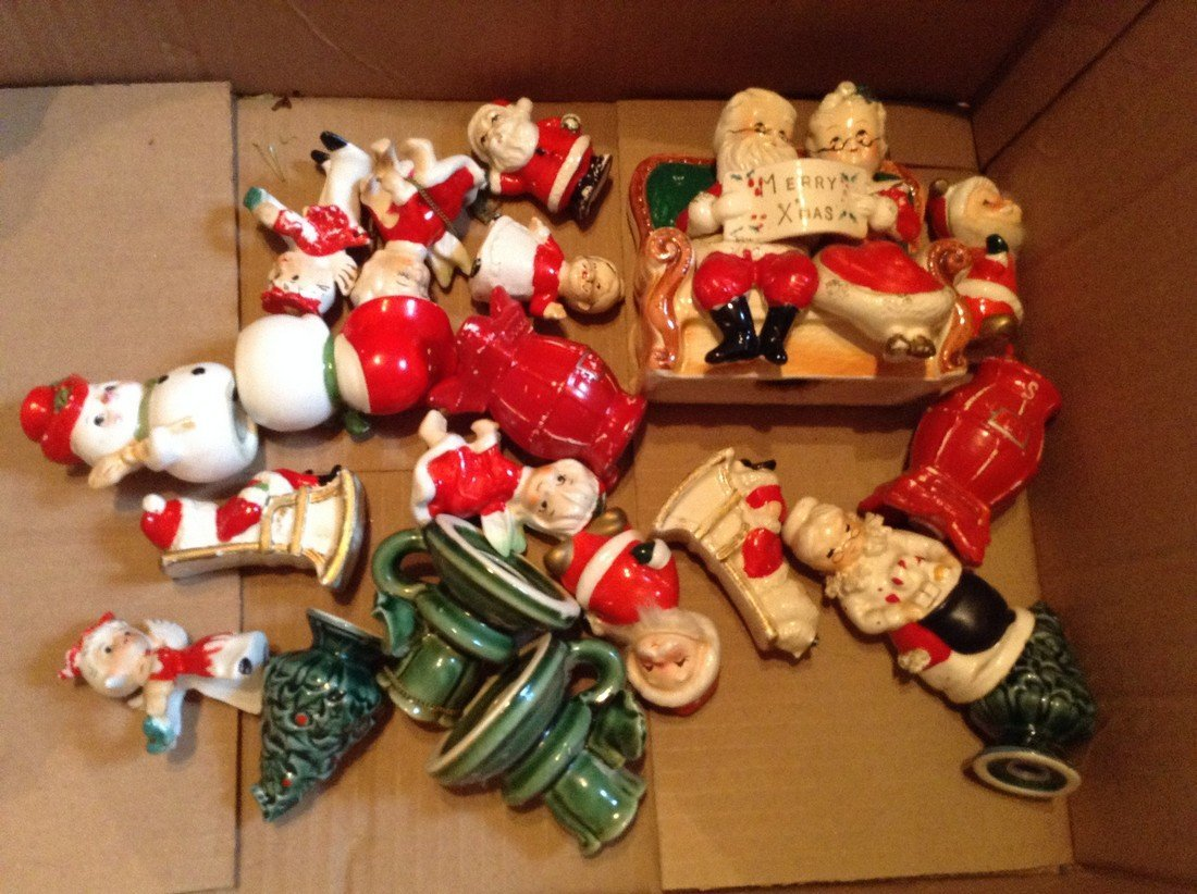 Big lot of vintage ceramic Christmas items