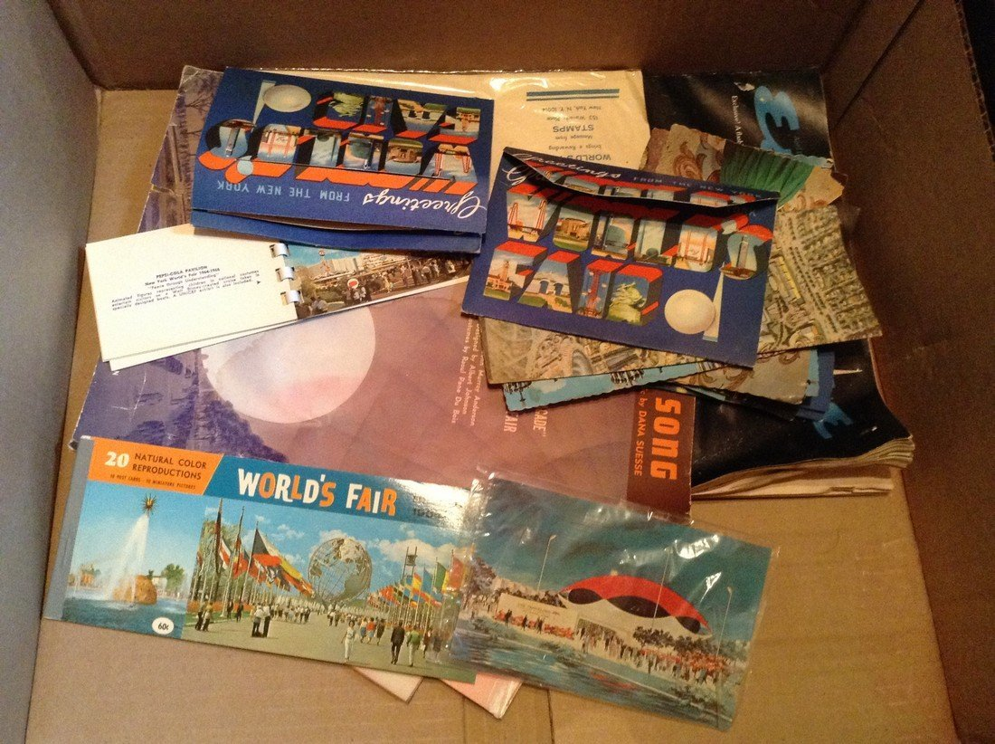 Worlds Fair postcards and Lava lamps - 3