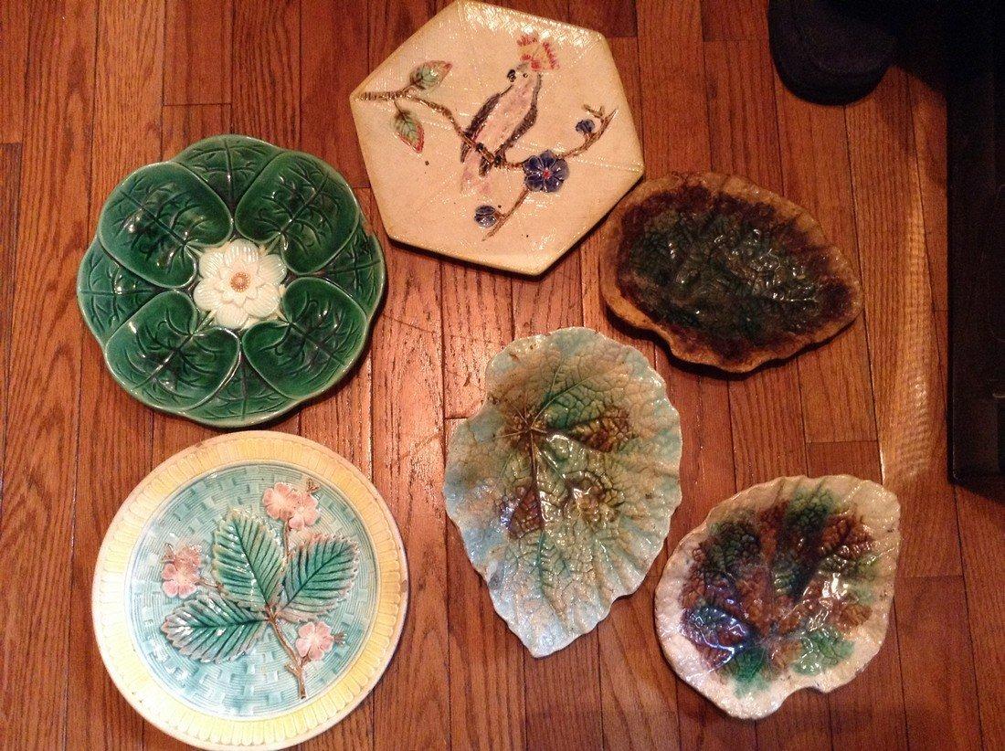 Majolica assortment of plates & wall hangings