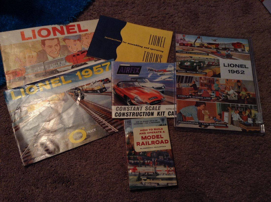 Lionel catalogues and other catalogues