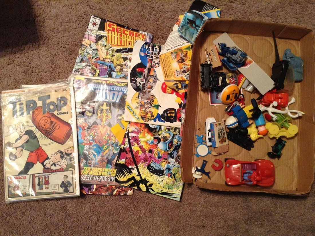 Comics Transformers and other vintage toys