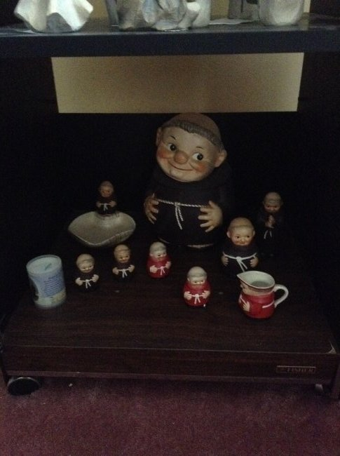 Display cabinet and contents - 2