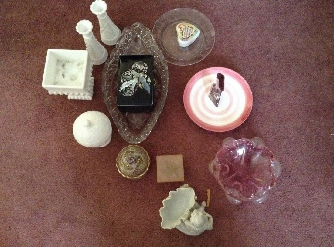 Jewerly Box/Trinket Box; Statues; Art Glass; Perfume